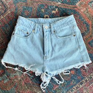 H&M divided women's denim shorts